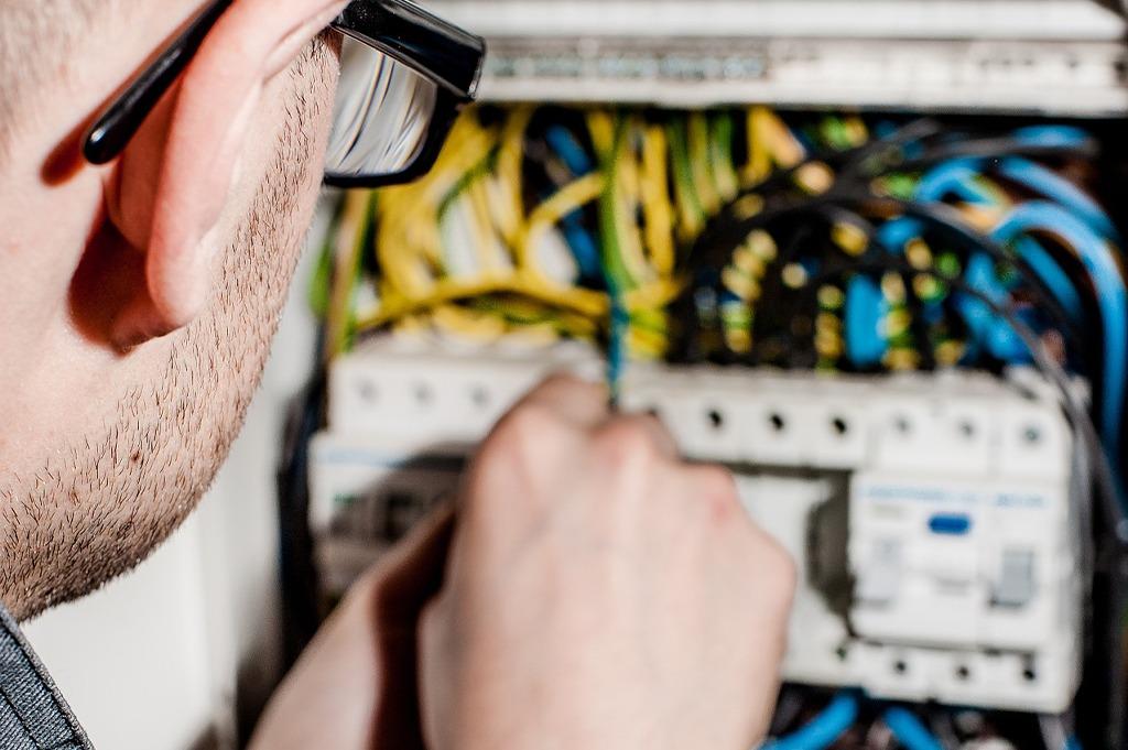 technische outsourcing van Industriële elektriciens